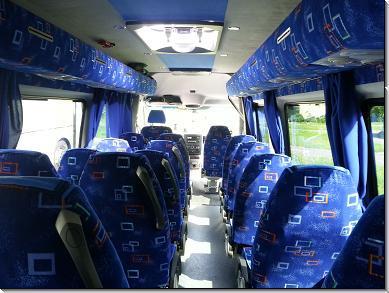 kisbusz bérlés sofőrrel, mikrobusz bérlés sofőrrel, személyszállítás