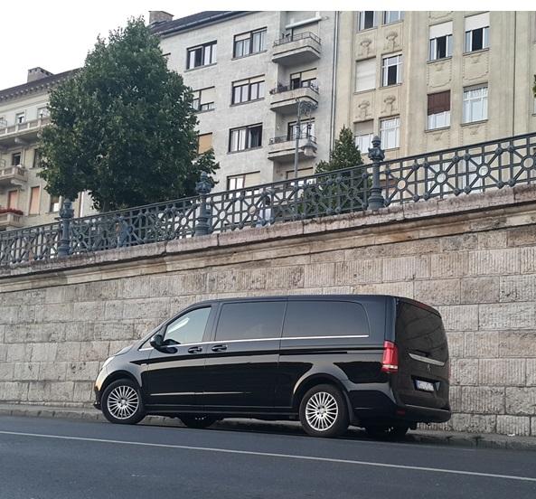 Mercedes V Class sofőrrel